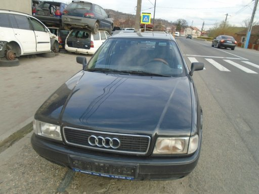Dezmembrez Audi 80 2.0 benzina din 1994 volan pe stanga