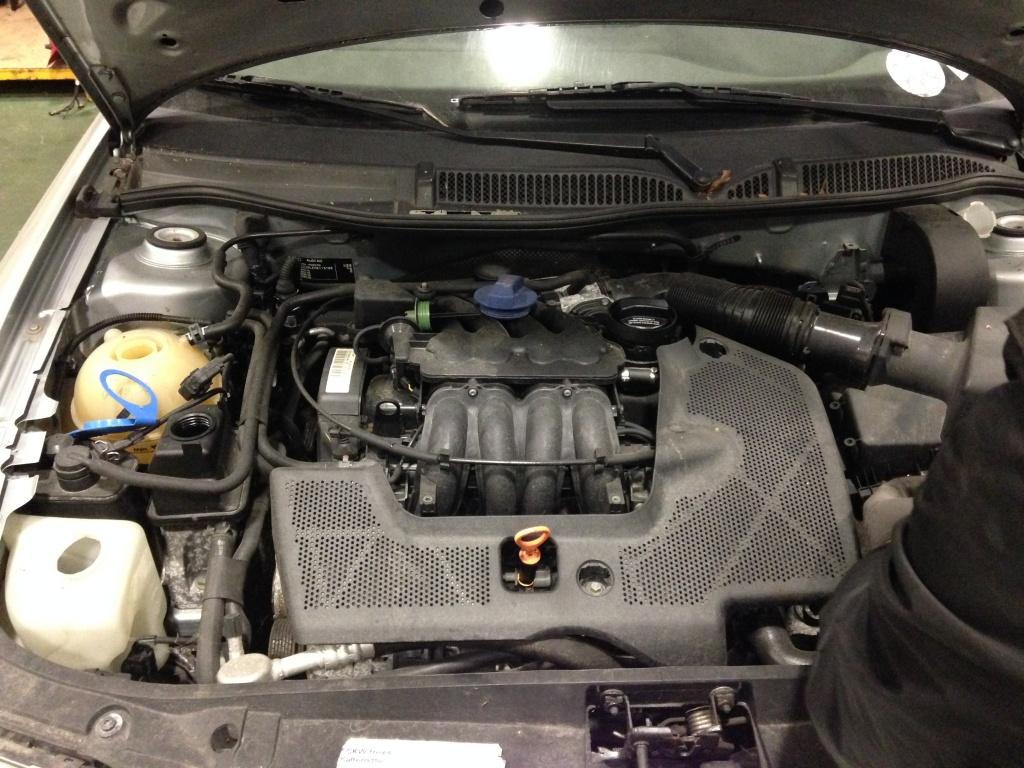 Dezmembrez audi a3 1.6 benz motor AEH