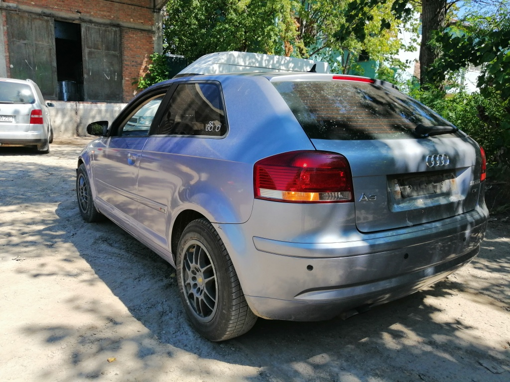 Dezmembrez Audi A3 8P 2005 2 usi 2.0 TDi BKD 140cp