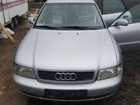 Dezmembrez Audi A4 1.6 benzină 1997
