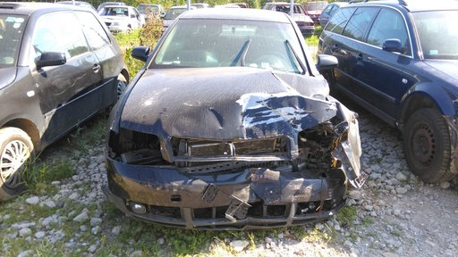 Dezmembrez Audi a4 1.9 131cp