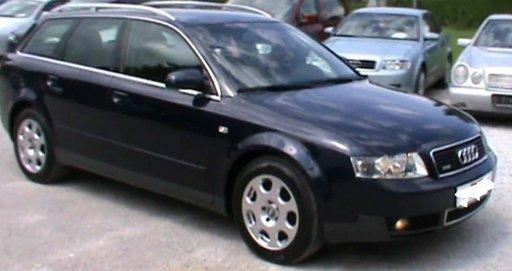 Dezmembrez Audi A4 1.9 TDI combi din 2006 volan pe stanga