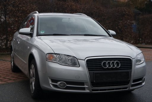 Dezmembrez Audi A4 2.0 TDI 2008