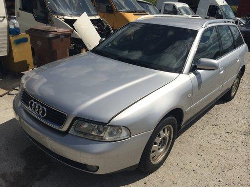 Dezmembrez Audi A4 2.5 TDI, an 2000