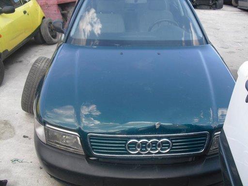 Dezmembrez Audi A4, an 1996, 1.8 benzina