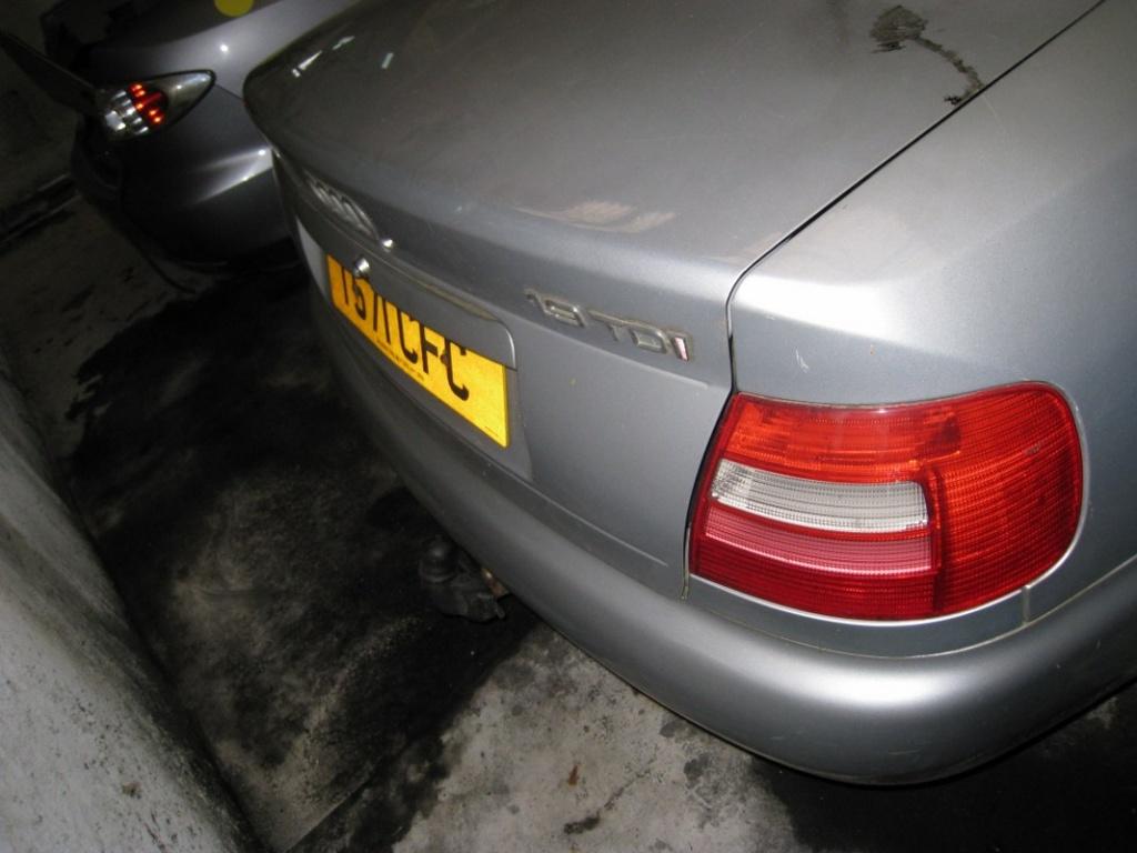 Dezmembrez Audi A4 B5 1.9 TDI 81kw 110cp 1999