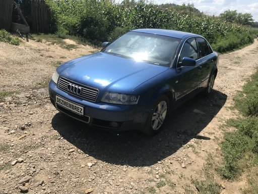 Dezmembrez Audi A4 B6 1.9tdi Quattro avf