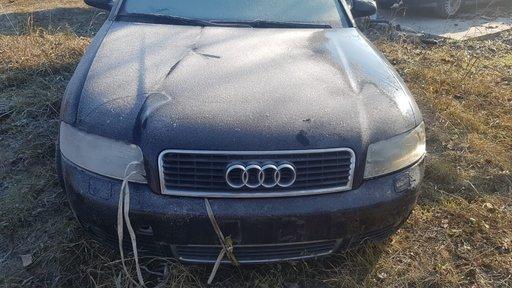 Dezmembrez Audi A4 B6 Xenon 2.5 tdi