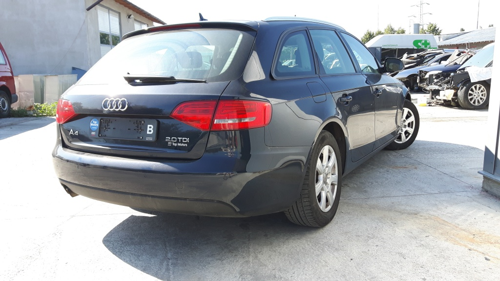 Dezmembrez AUDI A4 B8 2010 8K benzina diesel