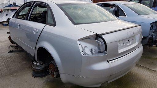 Dezmembrez Audi A4B6 2002 2.0i benzina