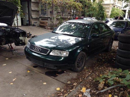 Dezmembrez Audi A6 2.5 TDI cod motor AKN an 1999 verde