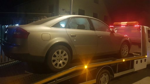 Dezmembrez Audi A6 2.5 tdi Quatrro an 2001 automata