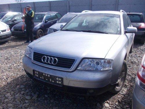 Dezmembrez Audi A6 ,an 2001