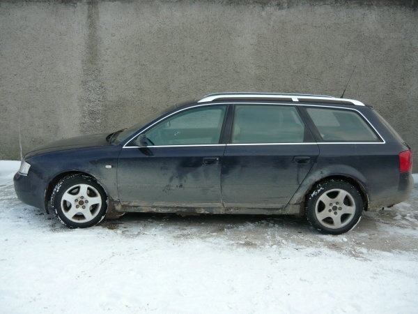 Dezmembrez Audi A6 Avant 2003 2.5 TDI
