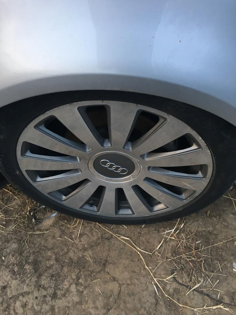 DEZMEMBREZ Audi A8 2005 3,7 benzina V8 quattro
