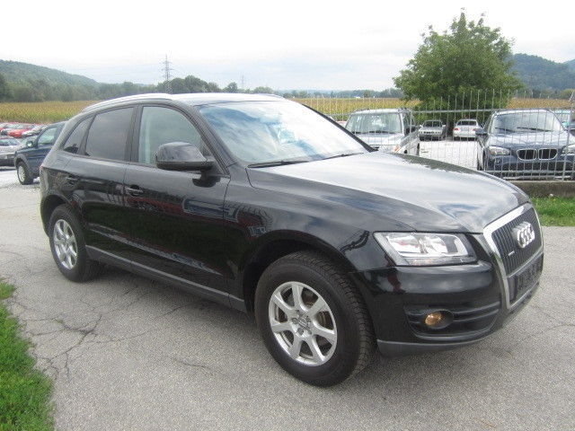Dezmembrez Audi Q5 2008 - 2013