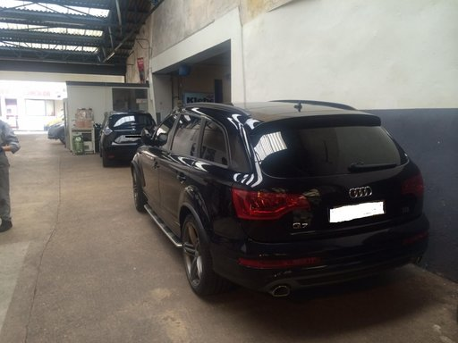 Dezmembrez Audi Q7 3.0D S Line