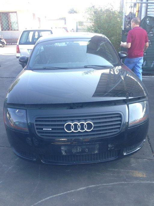 Dezmembrez Audi TT quattro cod motor ARY