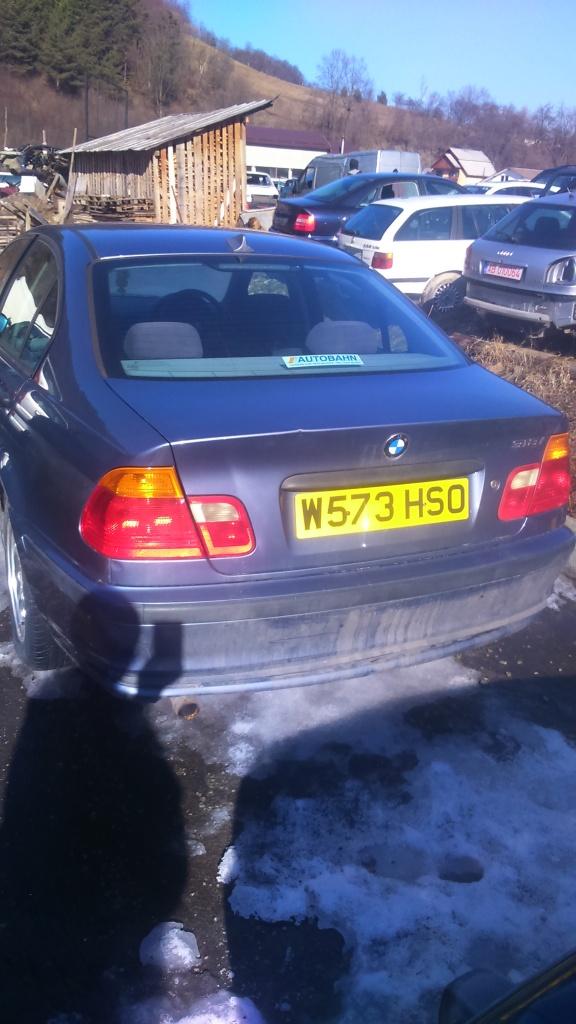 Dezmembrez BMW 318 2003 E46