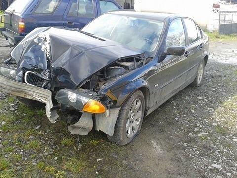 Dezmembrez BMW 320 1999