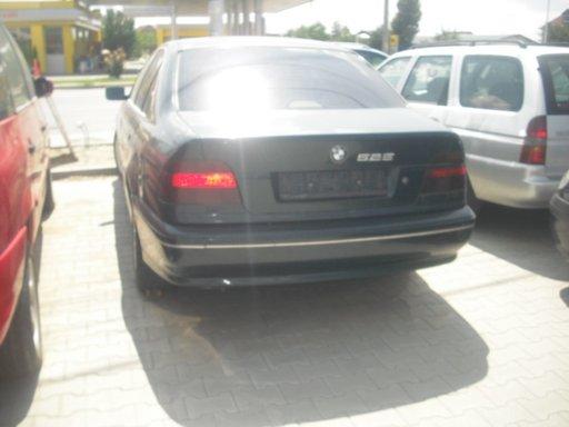 DEZMEMBREZ BMW 525 D