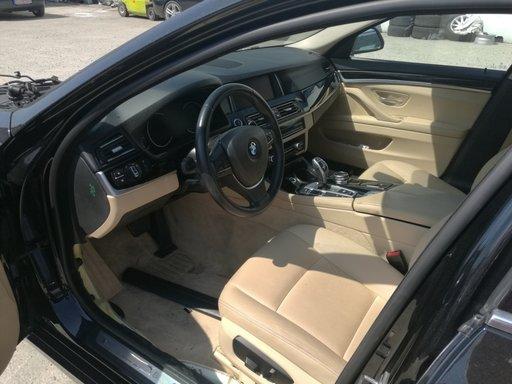 Dezmembrez Bmw 530d F11 facelift volan stanga