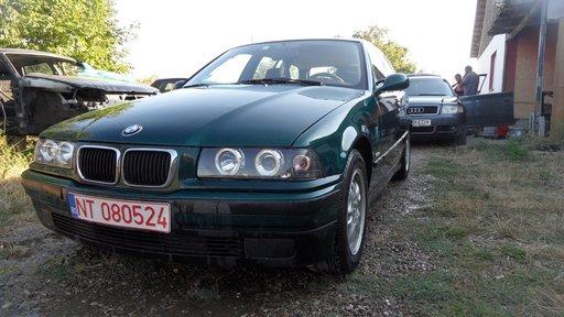Dezmembrez BMW E36 1,8 benzina Touring