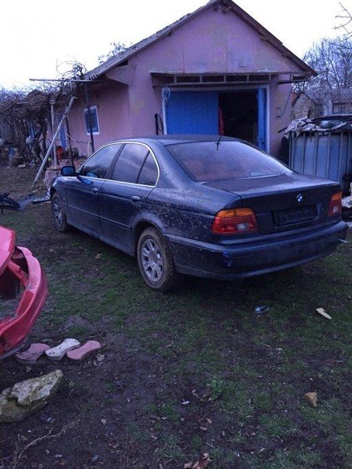 Dezmembrez BMW e39 2.5 dubluvanos