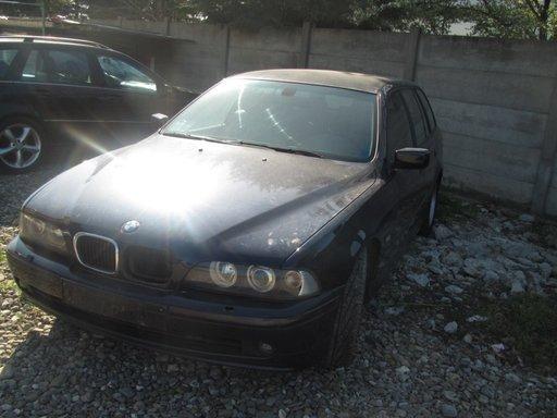 Dezmembrez BMW E39 Seria 520D An.2003