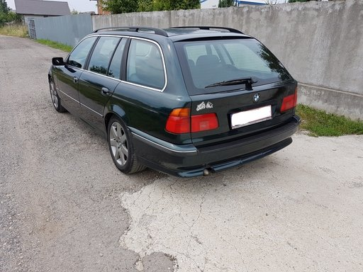 Dezmembrez bmw e39 touring,530d,an 2000,interior sport,full electric,incalzire,PARC DEZMEMBRARI BMW