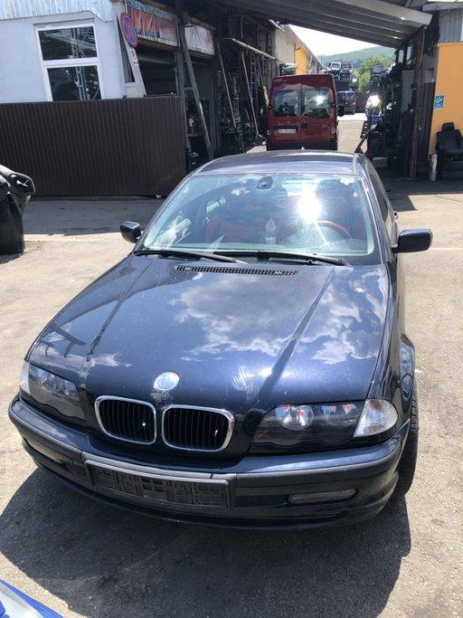 Dezmembrez BMW E46 2000 berlina 2.0