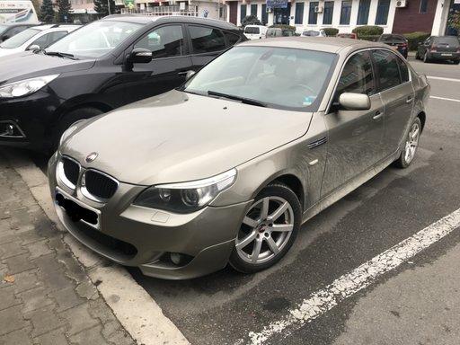 Dezmembrez BMW e60 525 BENZINA /volan stanga