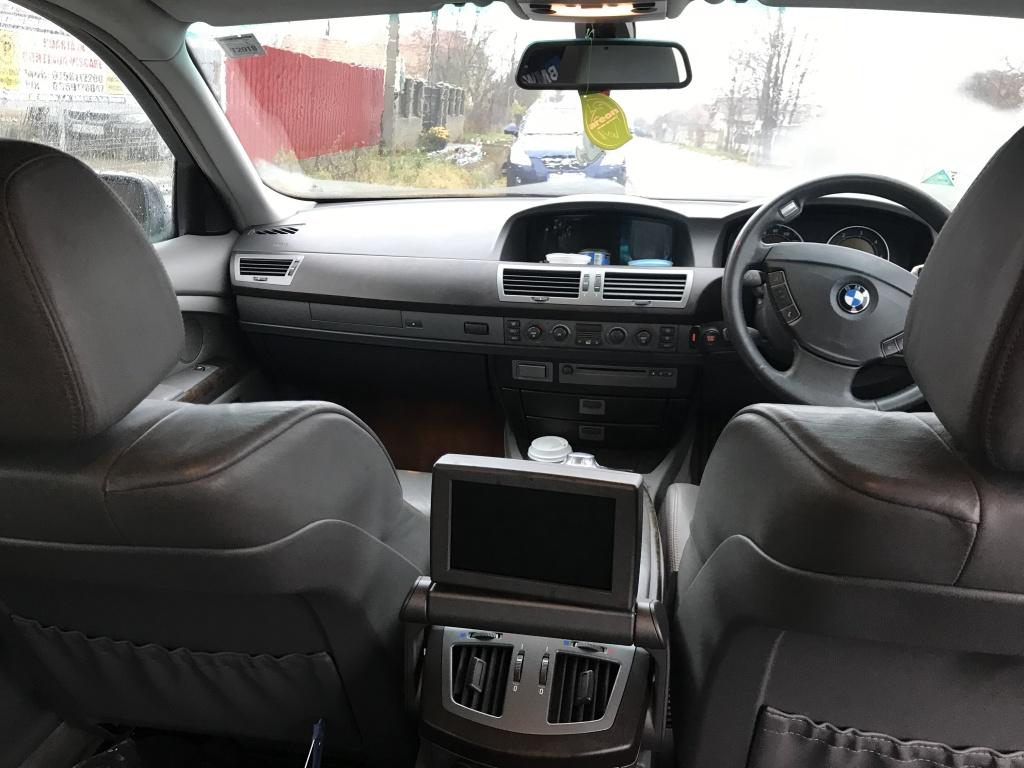 Dezmembrez BMW E65 730d .2004 218cp