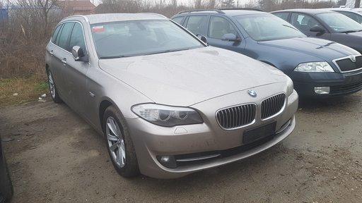 Dezmembrez BMW F10 F11 520 din 2010 N47D20C