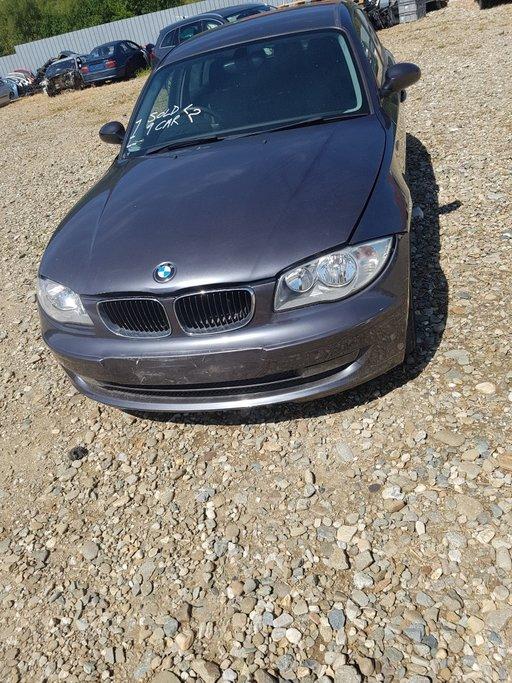 Dezmembrez BMW Seria 1 118 D 2005