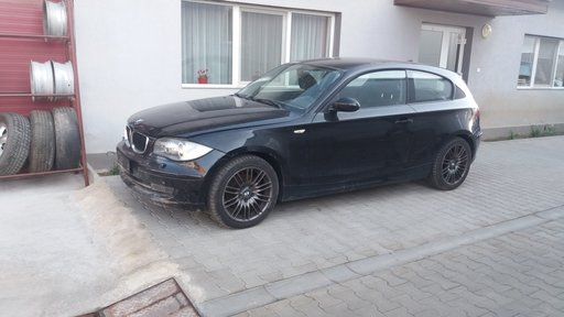Dezmembrez BMW Seria 1 E81 E87, 2.0 diesel, an 2007