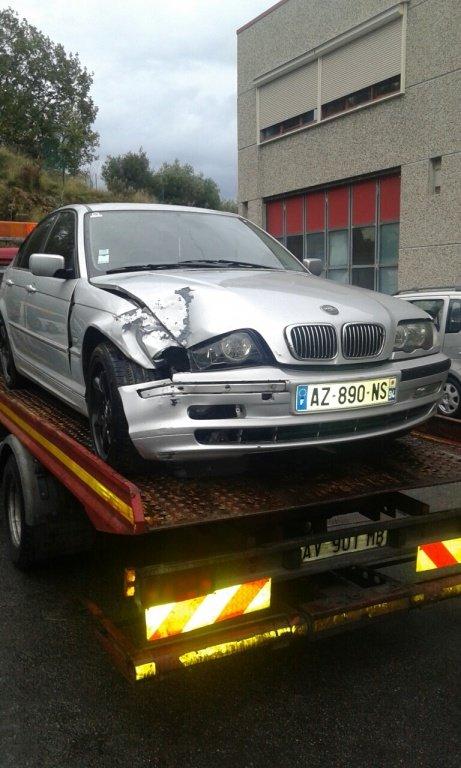 Dezmembrez BMW Seria 3 320 2.0 D DIN 2003