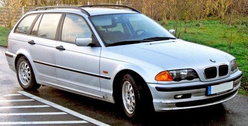 Dezmembrez BMW Seria 3 320 Touring E46 2.0 D 2001