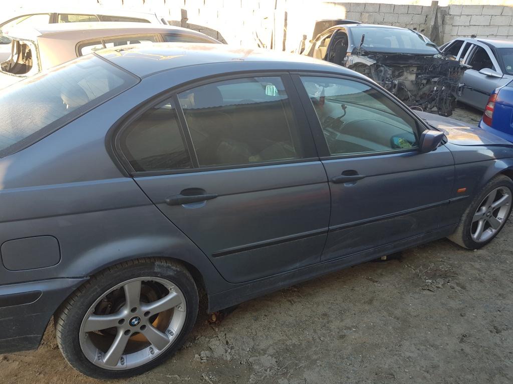Dezmembrez BMW Seria 3 E46 2000 Berlina 2.0