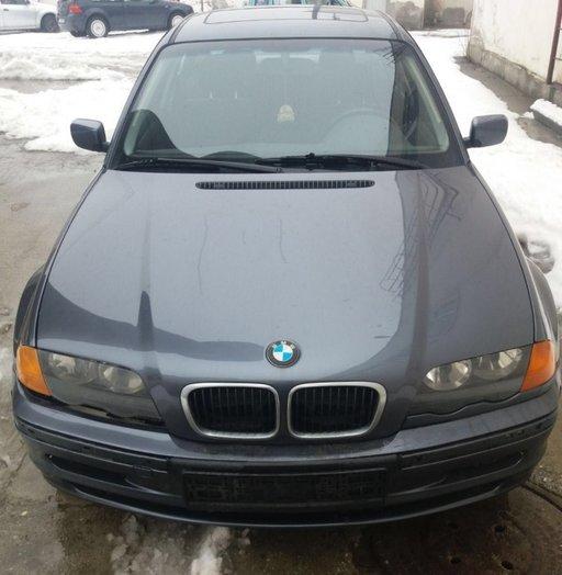 Dezmembrez BMW Seria 3 E46 an 2001 Berlina motoriz