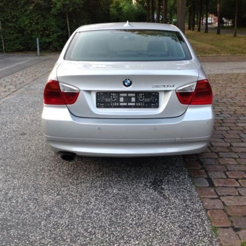 Dezmembrez BMW Seria 3 E90 2006 BERLINA 2.0d