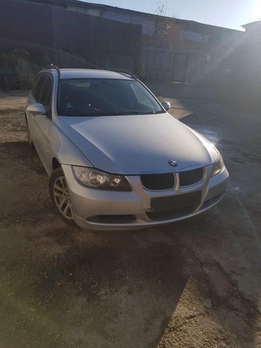 Dezmembrez BMW Seria 3 E90 2007 combi 2000
