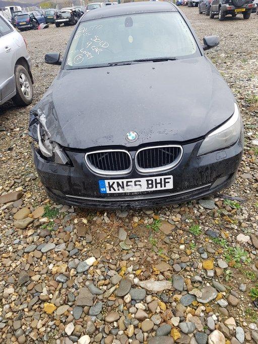 Dezmembrez BMW Seria 5 2.5 D 2006 M57N E60