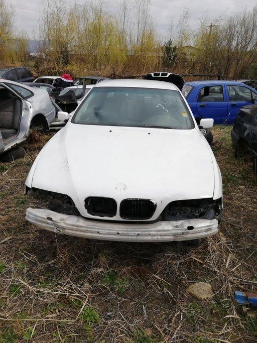 Dezmembrez BMW Seria 5 E 39 , 2002, 2,0 B