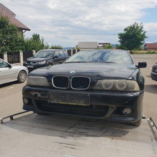 Dezmembrez BMW Seria 5 E39 2000 525 TDS 2500