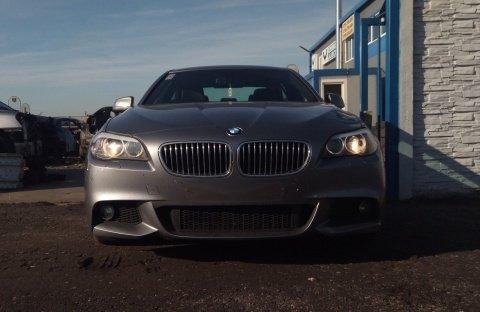 Dezmembrez BMW Seria 5 ( F10 ) an 2012 motorizare 520 D
