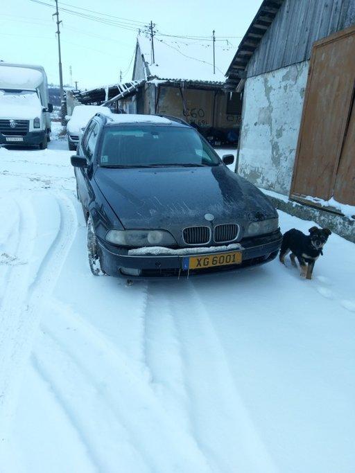 Dezmembrez BMW Seria 5 Touring E39 2001 Break 3.0d