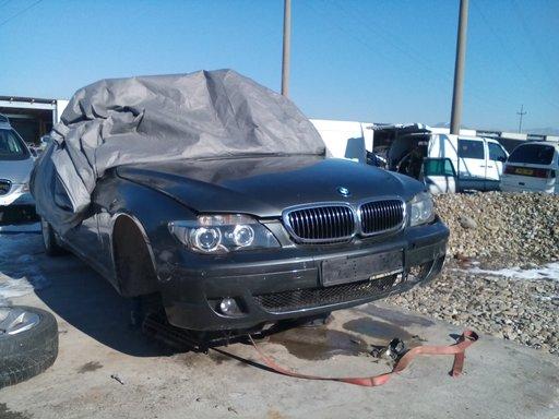 Dezmembrez BMW Seria 7 E66, 5.0 benzina, 2007