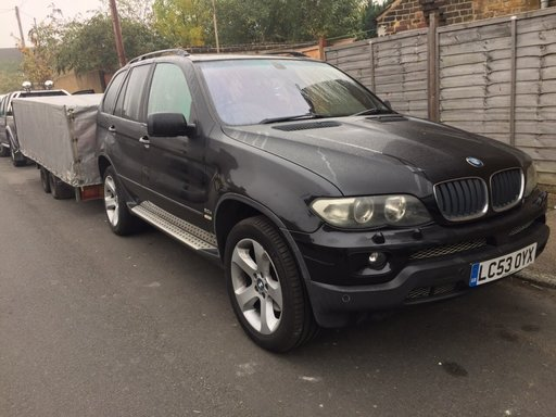 Dezmembrez BMW x 5 3.0 diesel 2006