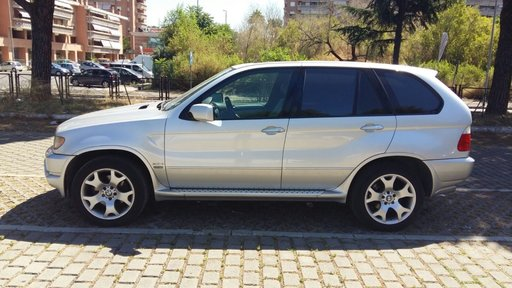 Dezmembrez BMW X5 2003 3.0